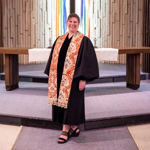 Rev. Heidi Y Hulme